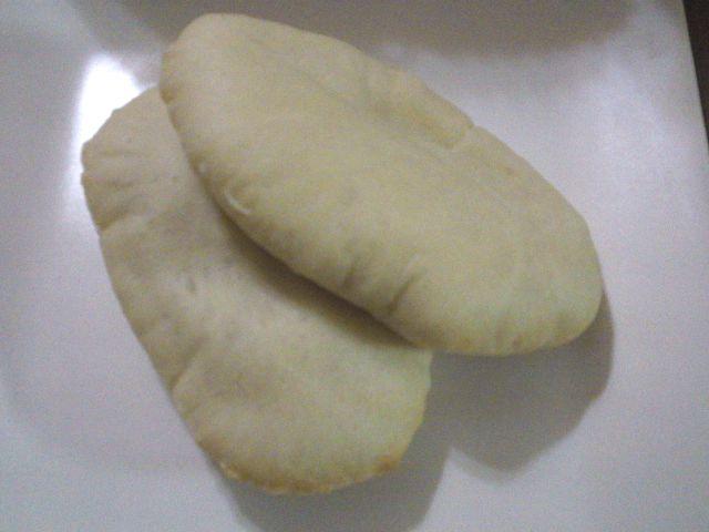 ピザとピタパン