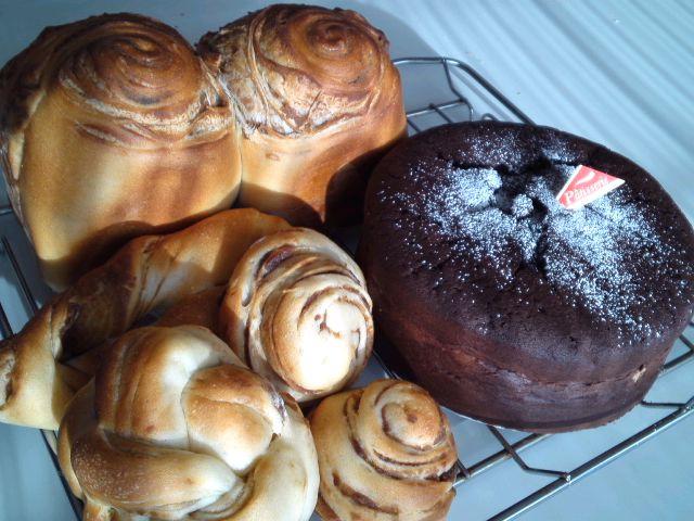 シート巻き込みパンとガトーショコラ